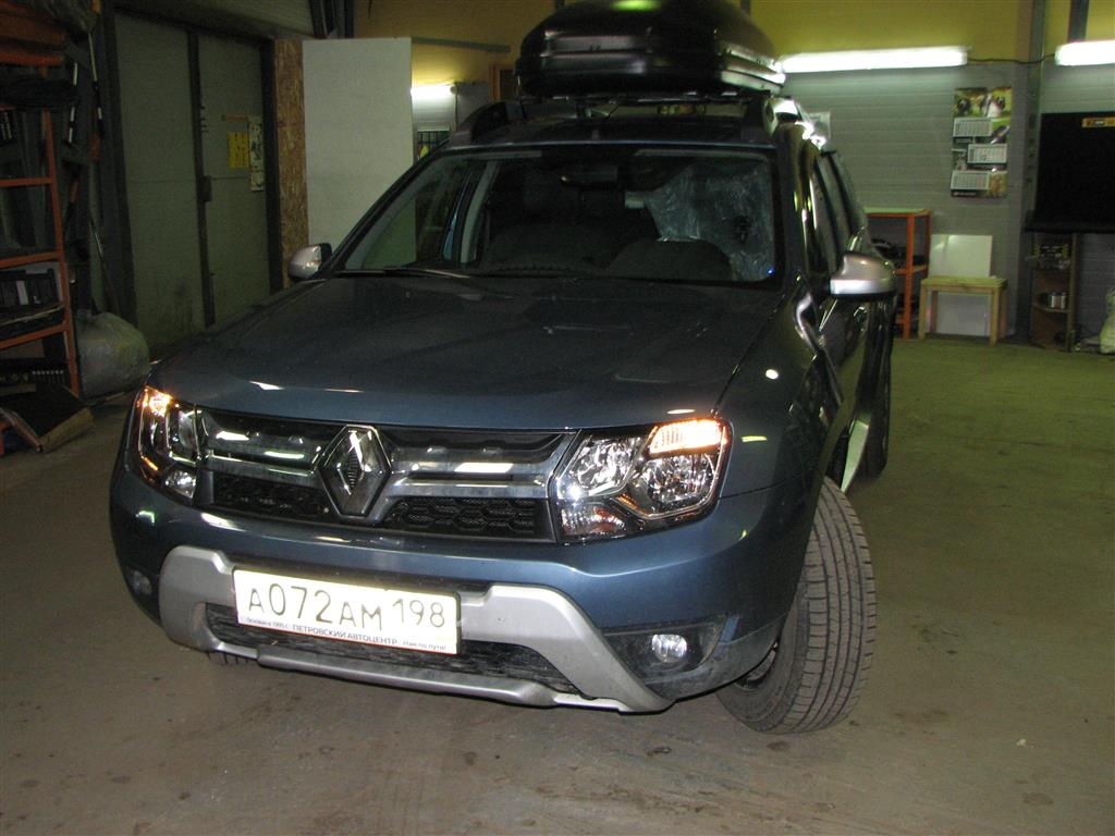 Renault Duster (двери)